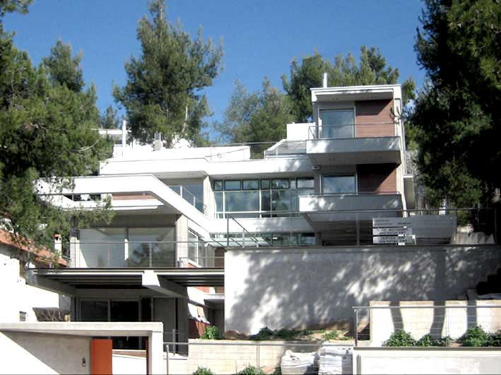 Residence in Dionisos